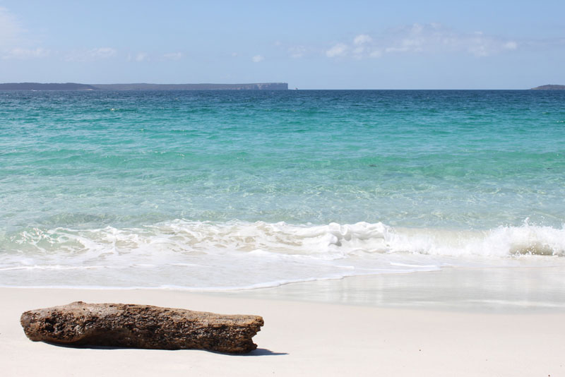 Photo of Hyams Beach in Jervis Bay NSW South Coast. Photography by Julia Koefender