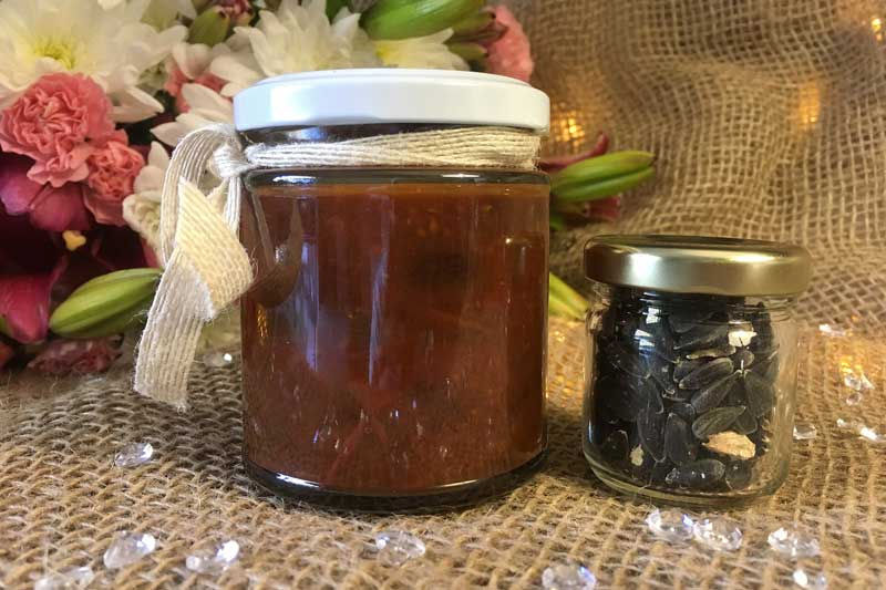 Rustic wedding favors and bomboniere from Perfect Honey Company Moruya.