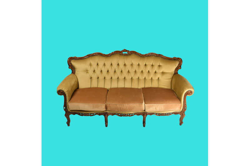 Vintage sofa for wedding styling.